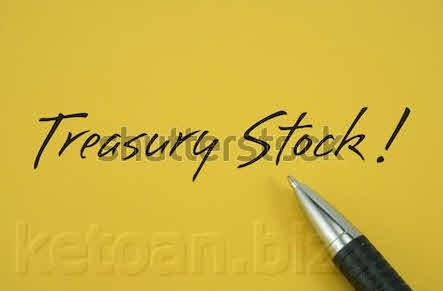 Công ty mua lại cổ phiếu đã phát hành hạch toán thuế nào?