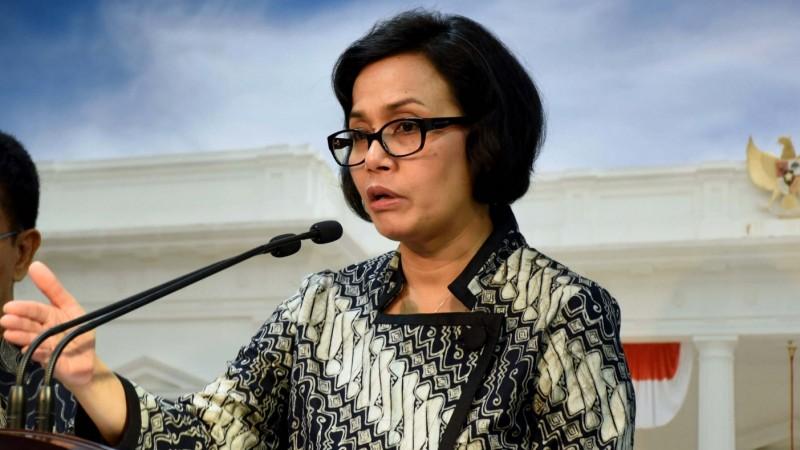 Menkeu Sri Mulyani Indrawati menyampaikan keterangan pers di Istana Negara