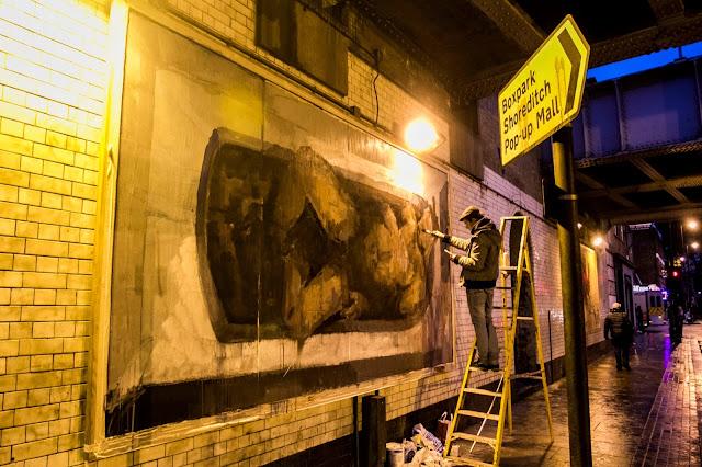 """Adam & Eva"" New Street Art Pieces By Spanish Artist Borondo On Old Street, East London. 6"
