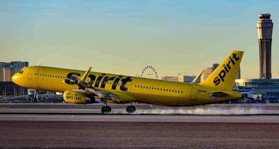 Spirit Airlines expulsó a Joven de un Vuelo sin el Conocimiento de su Madre
