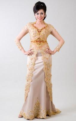 contoh Model Kebaya Batik terbaru