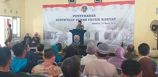 Lagi, Pemkab Cirebon Bagikan Sertifikat Tanah Ke Masyarakat