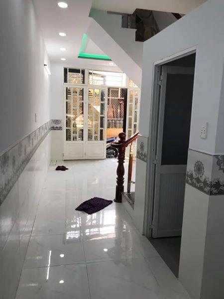 Bán nhà hẻm Phạm Thế Hiển, phường 6, Quận 8. DT 3,5x8m (nở hậu 4m)