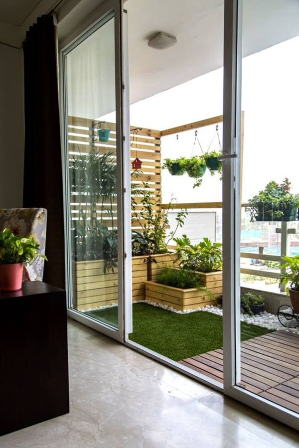 7 Ideas For Decorating Small Balconies 4