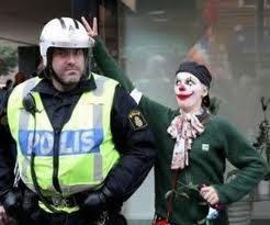 UNDER MATTAN  SVENSKA POLISENS DÅLIGA DAGAR... DEL 6 9e1396bafbfac