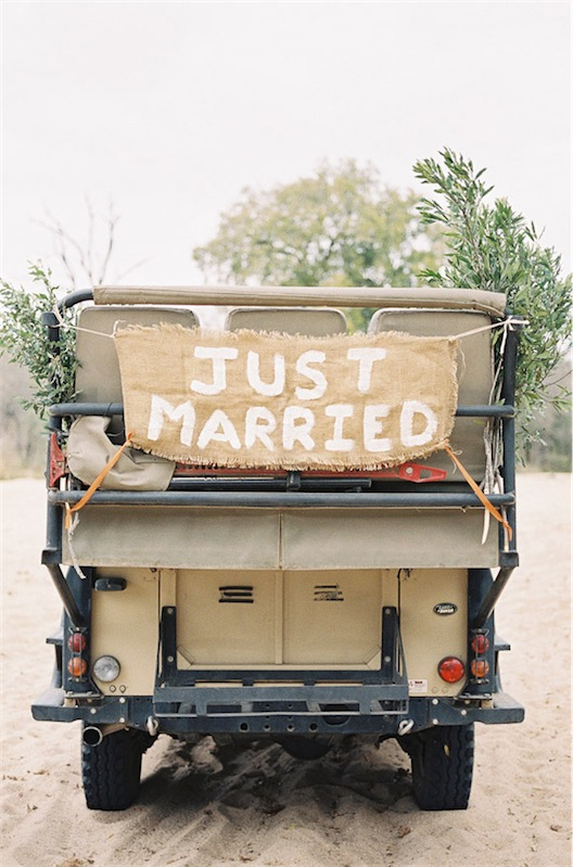 just married chicanddeco