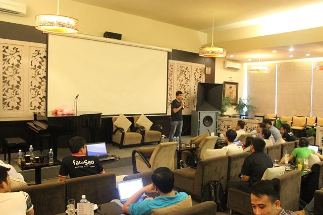 Đào tạo SEO tại Quảng Trị uy tín nhất, chuẩn Google, lên TOP bền vững không bị Google phạt, dạy bởi Linh Nguyễn CEO Faceseo. LH khóa đào tạo SEO mới 0932523569.