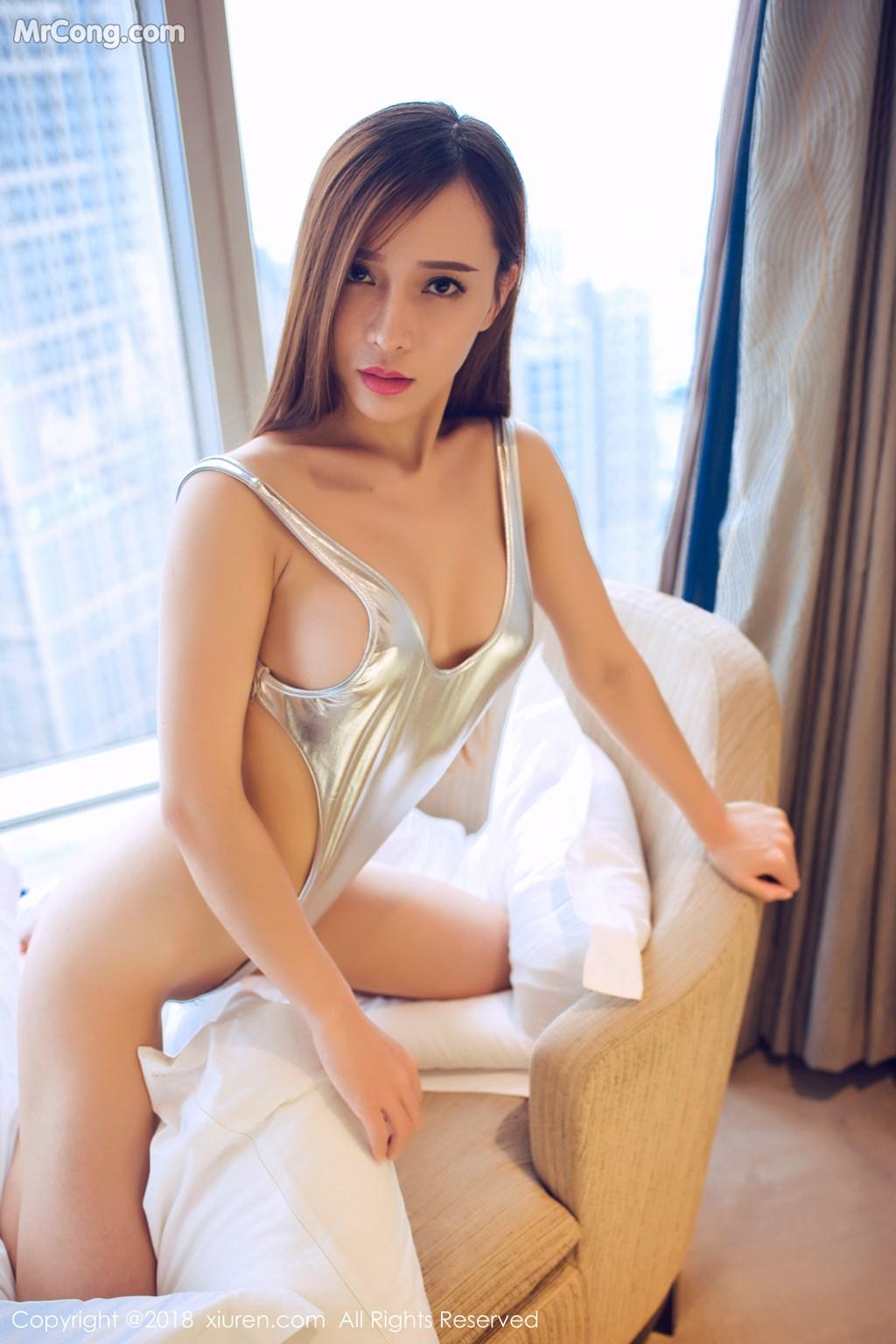 Image XIUREN-No.946-Ai-Xiao-Qing-MrCong.com-039 in post XIUREN No.946: Người mẫu Ai Xiao Qing (艾小青) (46 ảnh)