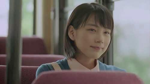 かんぽ生命CM「いいこと篇」 能年玲奈03