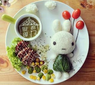 Kreasi makanan lucu untuk anak berbentuk balon dan kelinci