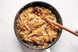 Spicy Spaghetti Squash Noodles #healthy #recipe