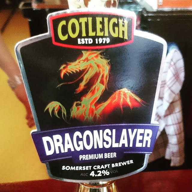 Somerset Craft Beer Review: Dragonslayer from Cotleigh real ale pump clip