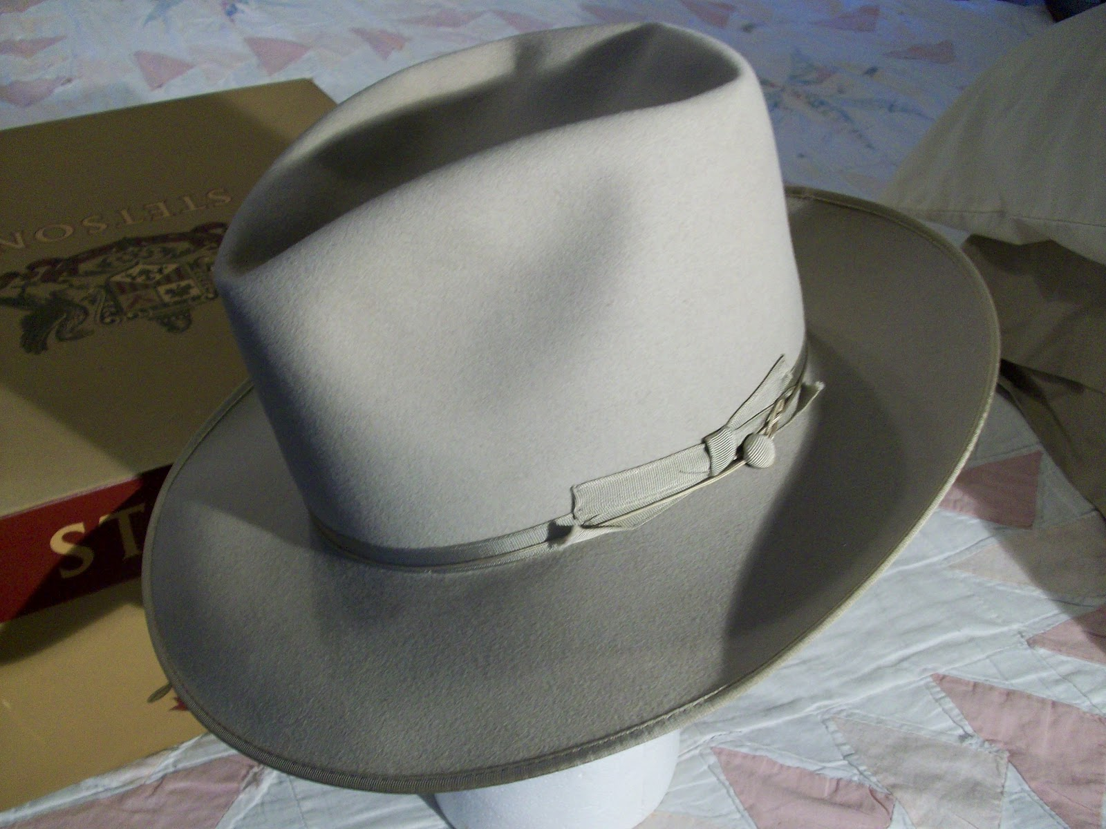 9c4ec63939a4b Stetson Royal Deluxe Open Road 7 8 with Box