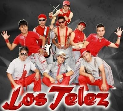 Foto de Los Telez con rojo y plomo