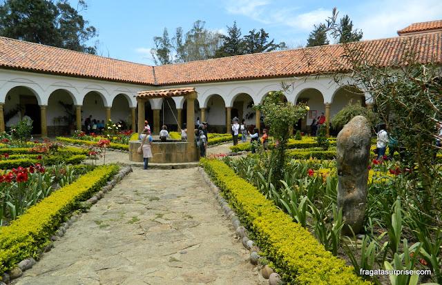 Pátio do mosteiro colonial de Ecce Homo, Villa de Leyva, Colômbia