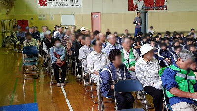 地域合同避難訓練<br>(コミュニティ スクール事業)