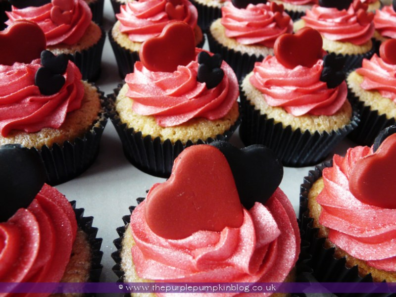 black red amp white heart wedding cupcakes 187 the purple