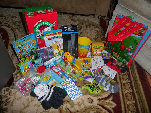 packing boxes for Operation Christmas Child, OCC box ideas, Operation Christmas Child,