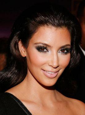 black pearl makeup Kim Kardashian smokey eyes