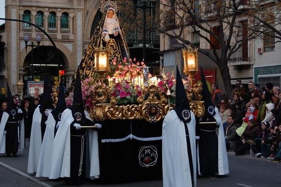 Procesiones y Costumbres de Semana Santa