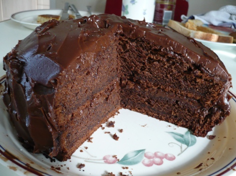 Chocolate Date Fudge Cake