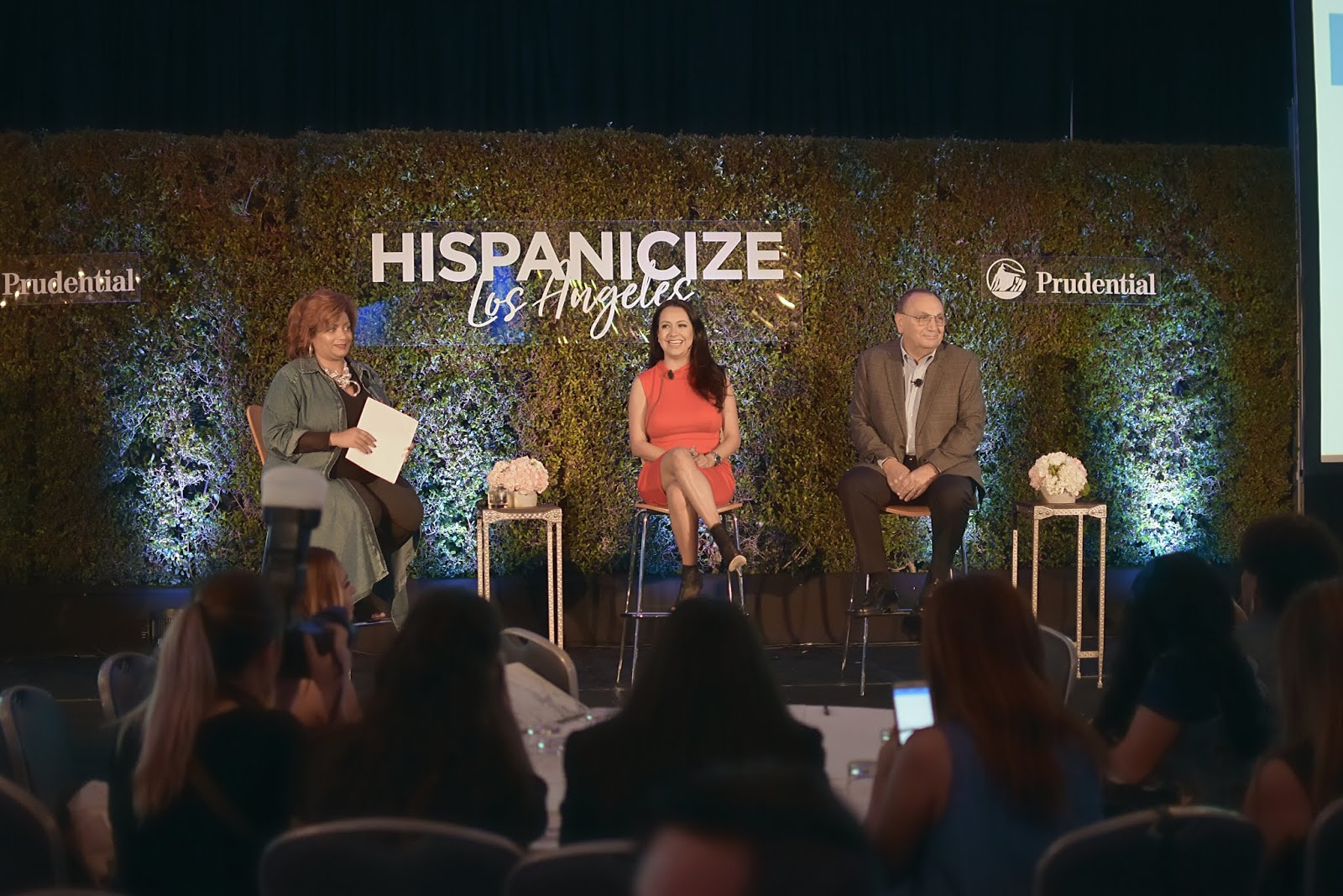 Cómo Lograr Salud Financiera? by Mari Estilo - Prudential durante Hispanicize LA-dime media-dcblogger-prudential ambassador-