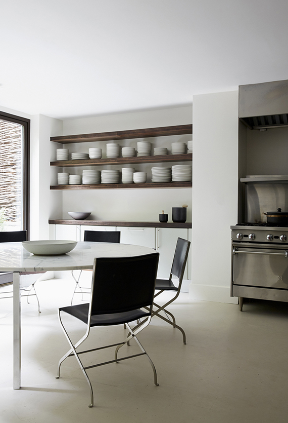 Contemporary kitchen by ASH NYC