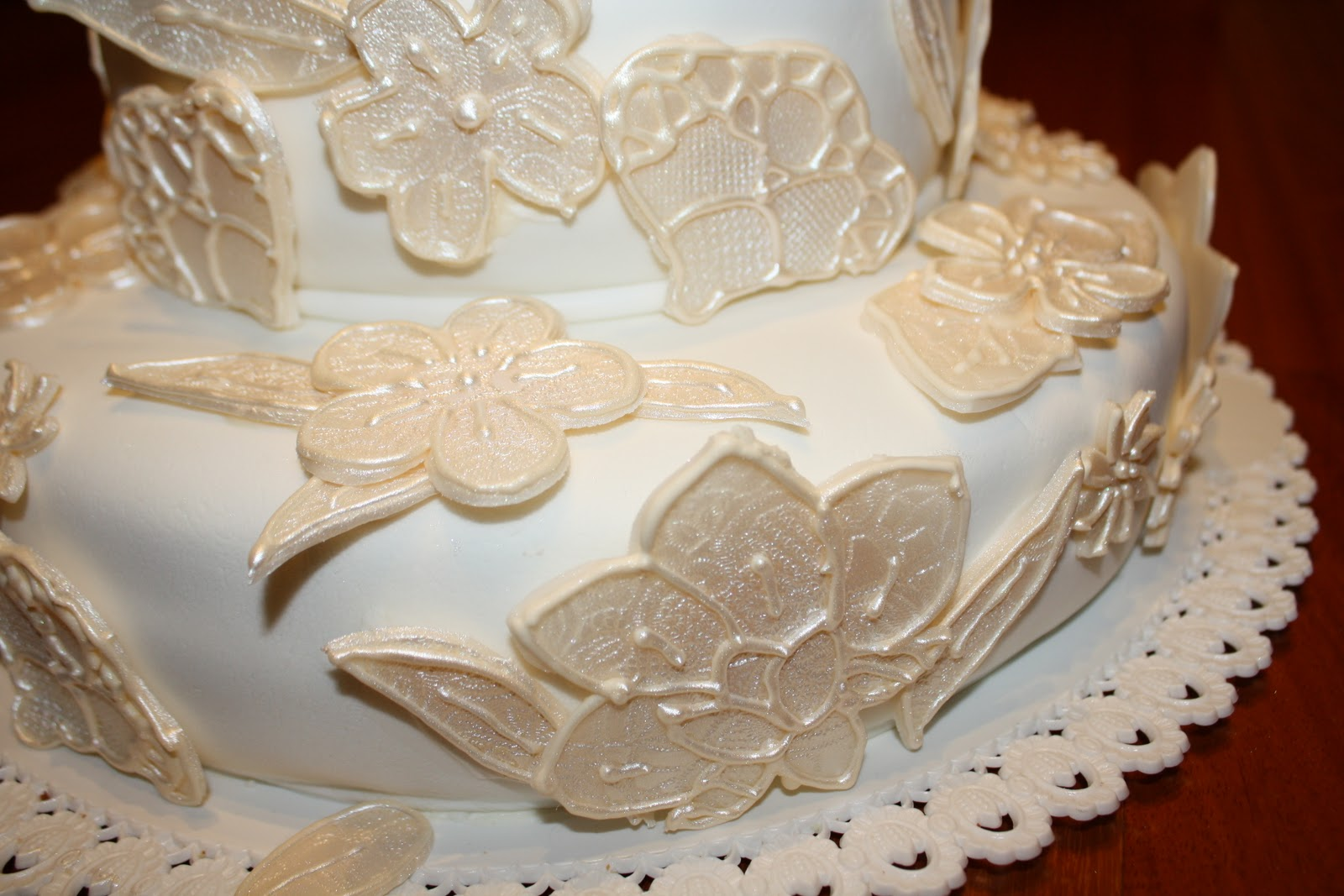Dolcissimona torta 25 anniversario di matrimonio for Decorazioni 50 anni di matrimonio