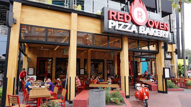 Restaurante Red Oven Pizza Bakery em Orlando