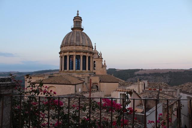 viaggi in sicilia, duomo san giorgio ibla