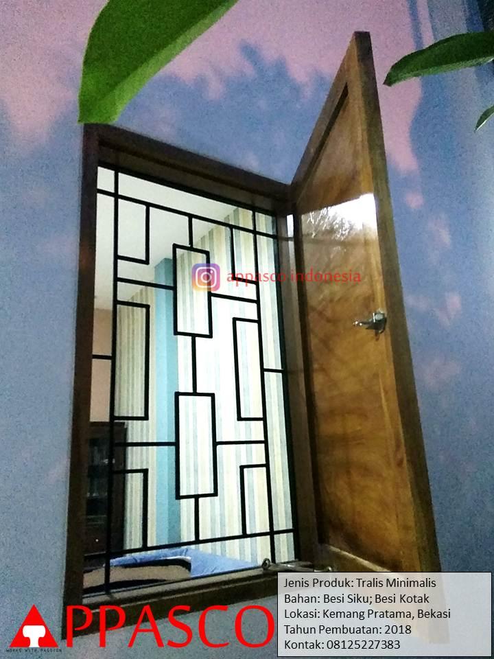 Teralis Minimalis Jendela di Kemang Pratama Bekasi