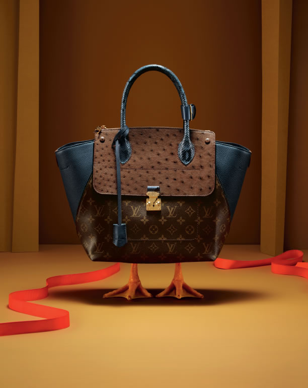 A Luxury of Christmas: Decoration of Louis Vuitton
