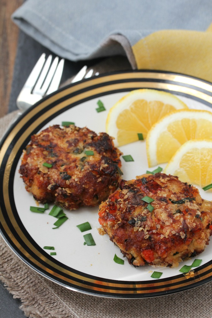 These Smoked Trout Cakes are so rich tasting, with so many interesting flavor elements.