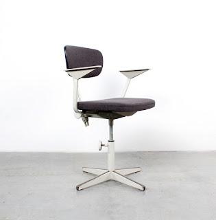 Friso Kramer Chair Design Ahrend De Cirkel