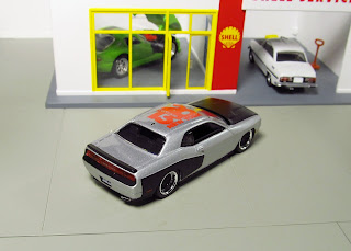 Auto World  Toy Fair DODGE  CHALLENGER