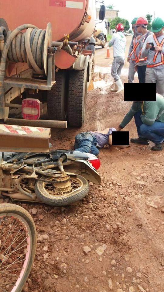 Em Altamira: Motociclista atingido por carro pipa e morre em hospital