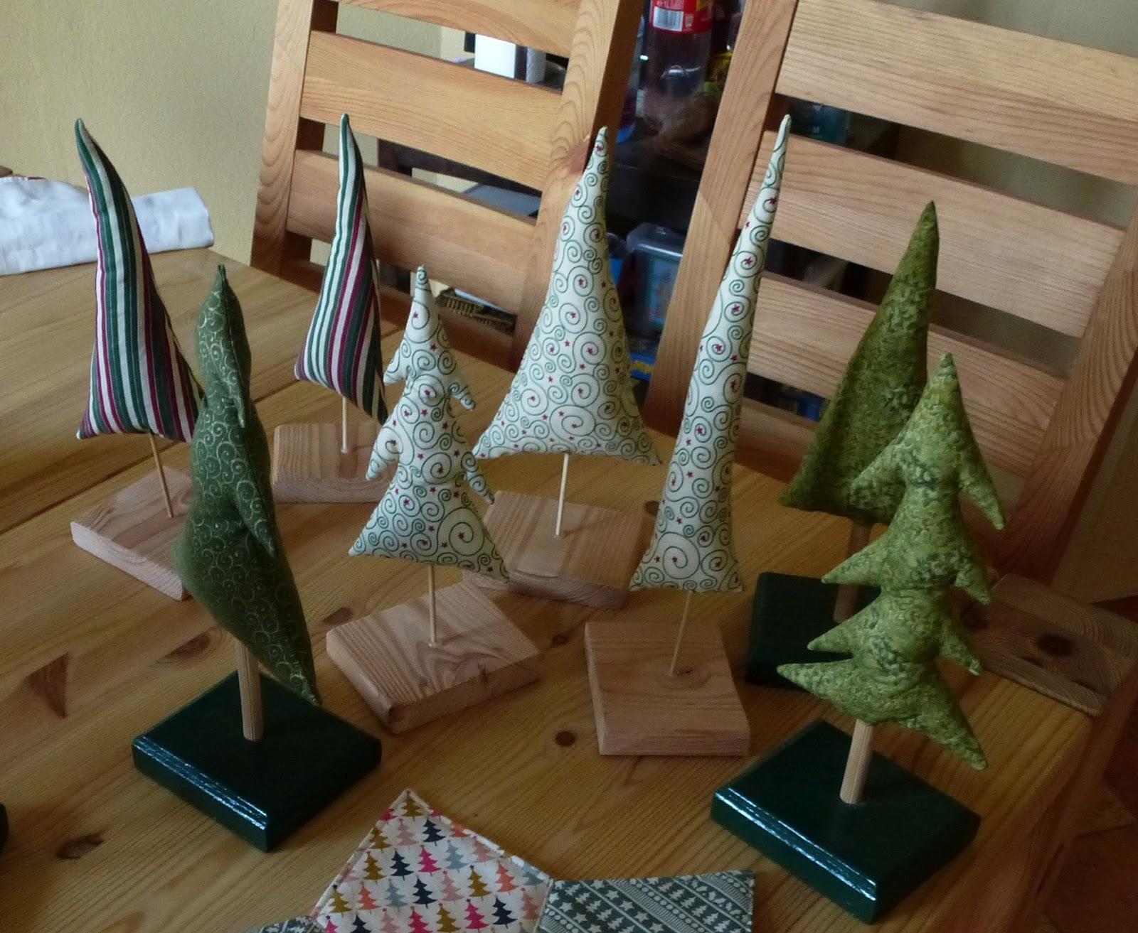 ich brauch stoff weihnachtsb ume n hen f r weihnachten teil 4. Black Bedroom Furniture Sets. Home Design Ideas
