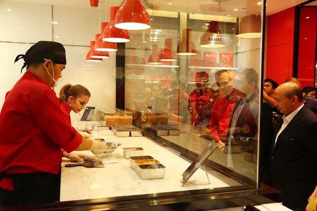 "The FIRST KitKat Concept Store KitKat ""Chocolatory"""