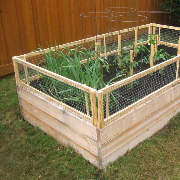 20 Raised Bed Garden Designs And Beautiful Backyard: Dishfunctional Designs: Great Ideas For Beautiful DIY