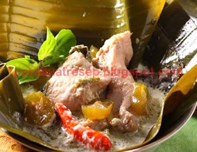 Foto Resep Garang Asem Ayam Santan Daun Pisang Khas Solo Sederhana Spesial Asli Enak