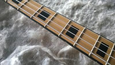 Luthier, conserto e reparo