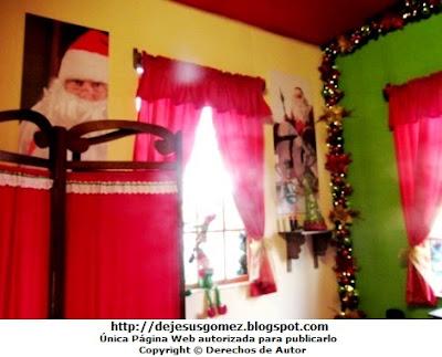 Cambiador de Papa Noel (Santa Claus) en su Dormitorio. Foto tomada por Jesus Gómez