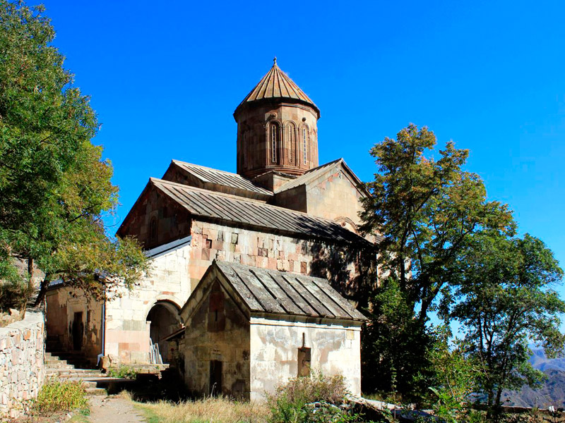 a beautiful photo of Sapara Monastery in Georgia