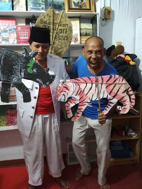 Paman Sam, Dongeng Keliling Nusantara Berjalan Kaki