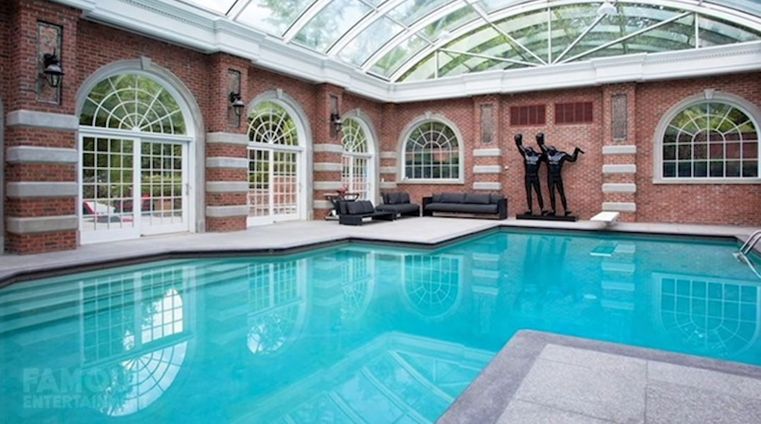 59 Interior Design Photos vs. Alicia Keys & Swizz Beats $20.8 Million Razor Luxury Mansion Tour