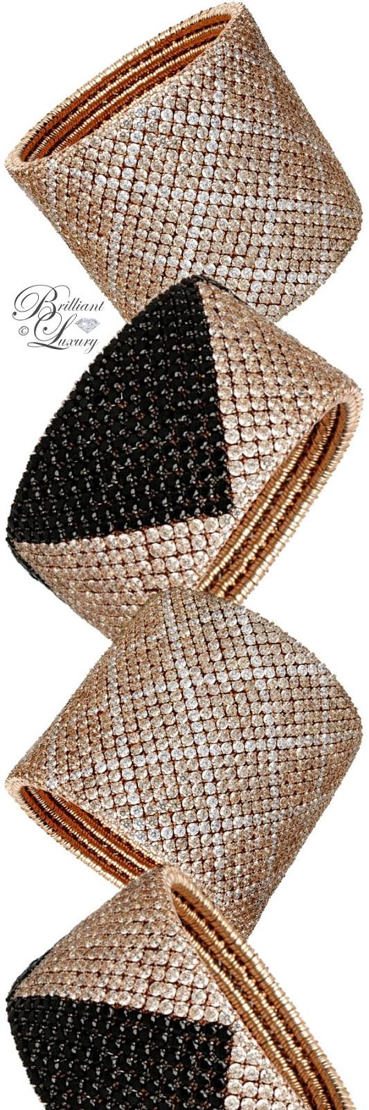Brilliant Luxury ♦ Roberto Demeglio Cashmere Gold Bracelet With Diamonds