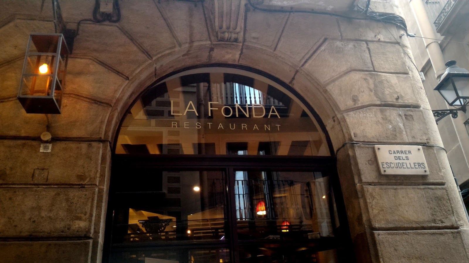 P 20160829 192950 - 【巴塞隆納】La Fonda 便宜親民,CP值超高的西班牙餐廳