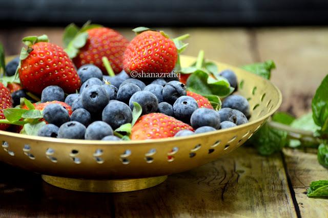 Berries & Chia Seeds Parfait