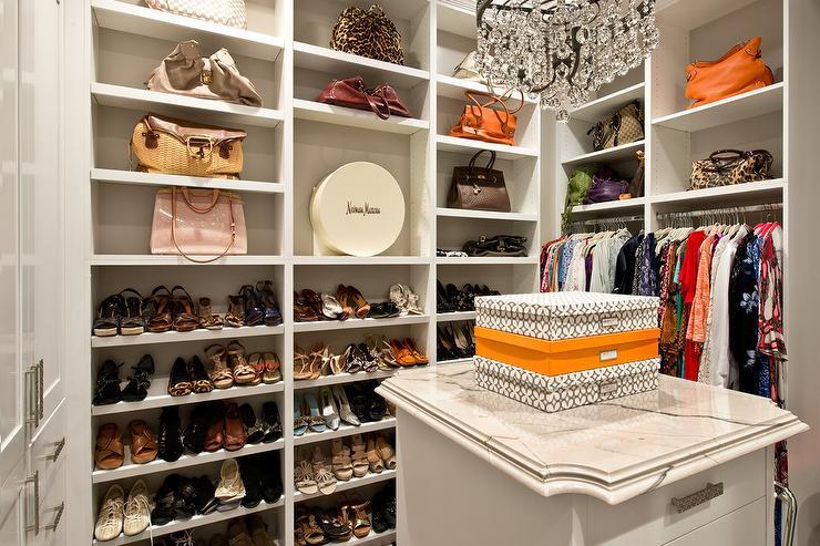 88+ Desain Toko Sepatu Sandal dan Tas Minimalis Paling ...