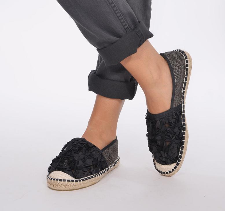 Fitness And Chicness-Calzado Negro-Alpargata